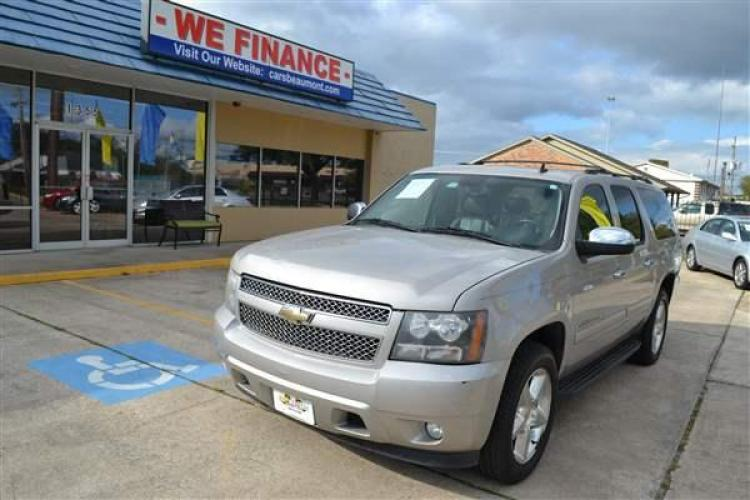 2008 CHEVROLET SUBURBAN LTZ MULTIPURPOSE VEHICL