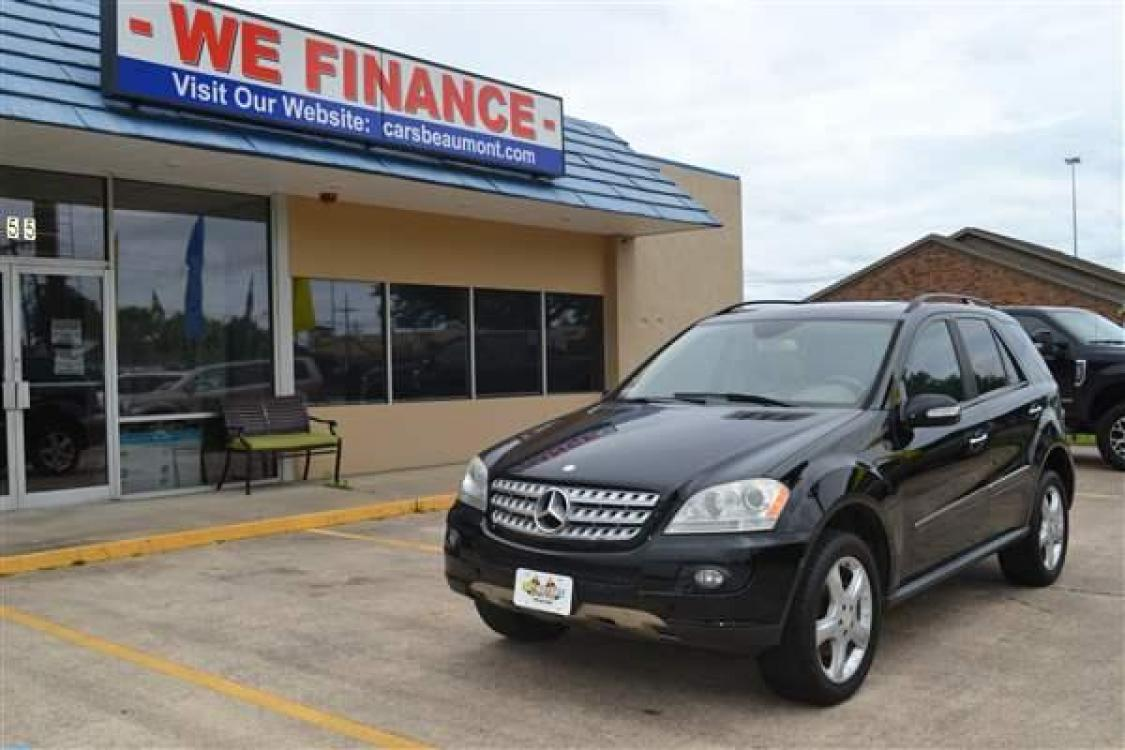 2008 BLACK MERCEDES-BENZ M-CLASS (4JGBB86E58A) with an V6, 3.5L engine, AUTOMATIC transmission, located at 1355 North 11th Street, Beaumont, 77702, (409) 832-0006, 30.094290, -94.130096 - Photo #0
